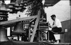 Gijs-Brinks-op-de-reizende-beiaard-1964